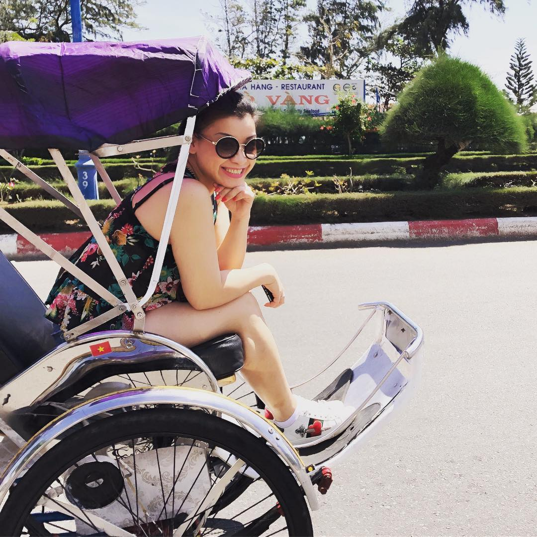 Keseruan di Destinasi Traveling Saigon Island, Cyclo Riding